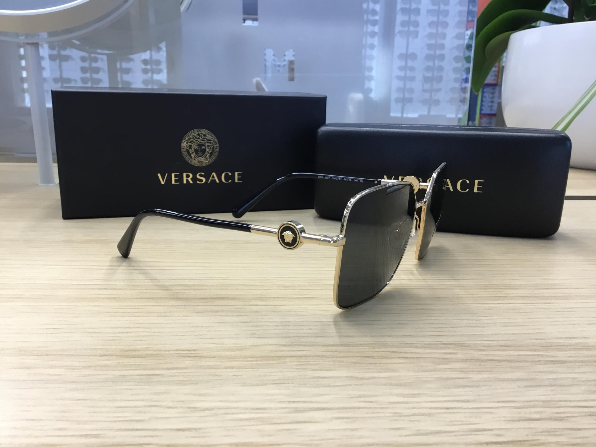 Versace VE2227