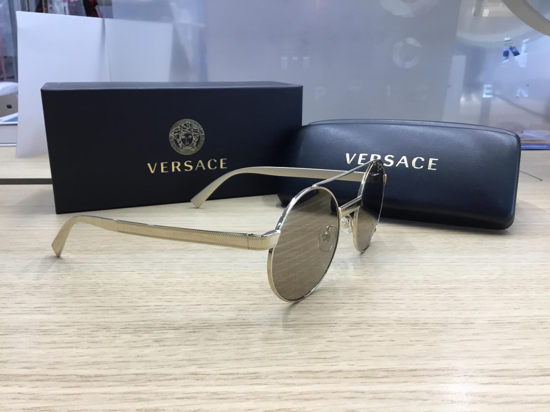 Versace VE2210